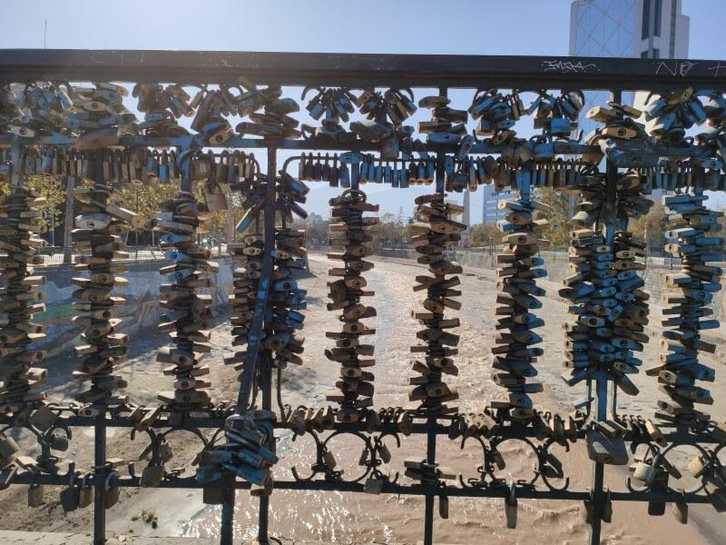Cadeados na ponte Pio Nono